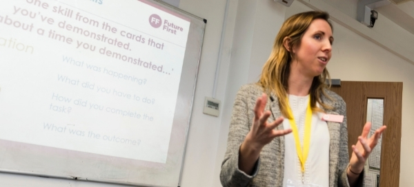 The benefits of volunteering with Future First: what's in it for me?